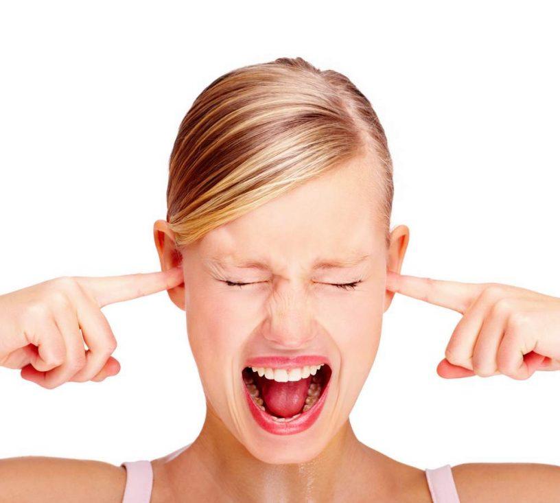 Perché le orecchie fischiano?